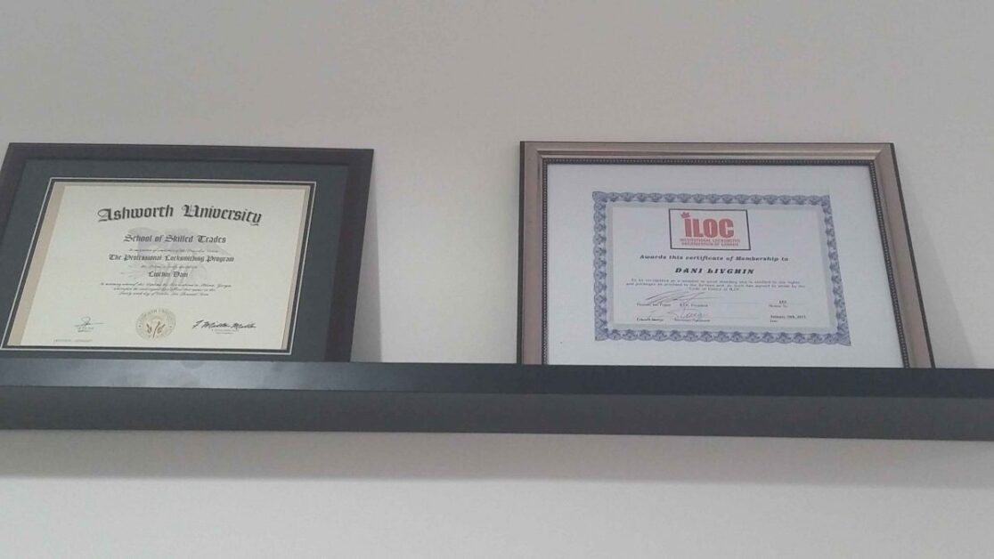 Certified locksmith Toronto