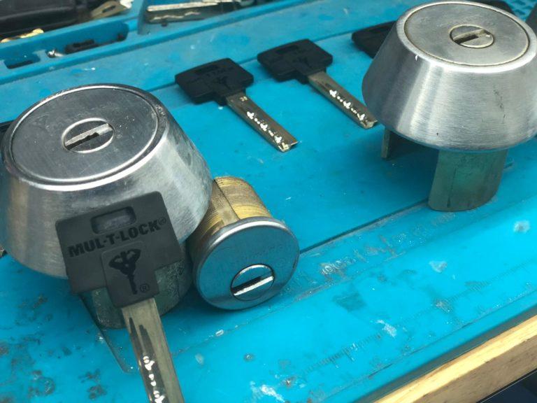 Mul- T- Lock high security Lock and key