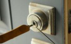 lock pick , home lockout service