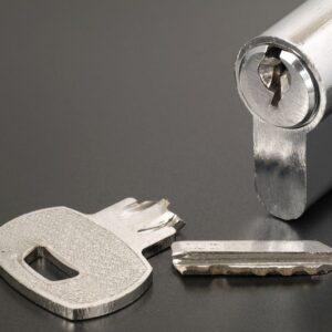 broken key on lock