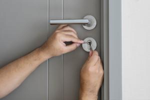 door lock issues